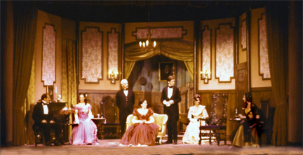 Set Photo for The Heiress